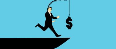 To cut down or not to cut down (employee benefits)?